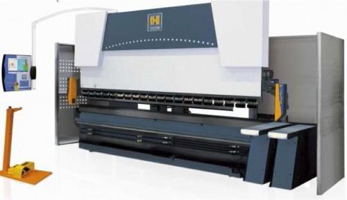 CNC riadený hydraulický ohraňovací lis EUROMASTER ERM40400